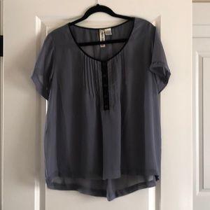 Flowy gray blouse